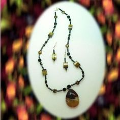 Onyx and Tiger Eye Necklace With Agate Pendant and Earrings Set