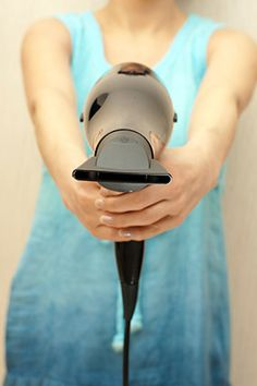 how to avoid frizzy hair after blow drying