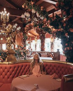 I first visited Madonna Inn a few years ago while on another California coast road trip, and I've been in love with this sparkling little jewel of a hotel ever since. The perfect place for soaking in all things West Coast cool, this ultra glam hotel has the decadent vibe of Vegas in the 1950's.