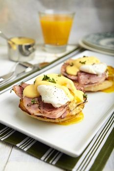 Hollandaise Sauce London Cafe British Pub Pkin Chelsea Portobello Restaurants In