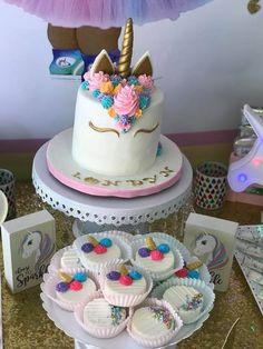 Unicorn Princess, Unicorn Party, Party Themes, Birthday Cake, Desserts, Food, Tailgate Desserts, Deserts, Birthday Cakes