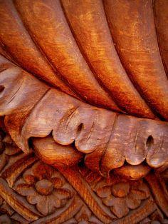 carved wooden door detail san miguel de allende gto m Color Cobre, Copper Color, Potters Clay, Bronze, Terracota, Colour Board, Wooden Doors, Color Themes, Favorite Color