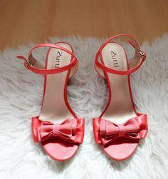 sandália vermelha zutti