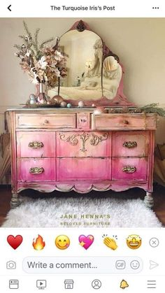 new ideas for painted furniture inspiration mirror Distressed Furniture, Hand Painted Furniture, Funky Furniture, Paint Furniture, Upcycled Furniture, Shabby Chic Furniture, Furniture Projects, Furniture Makeover, Vintage Furniture