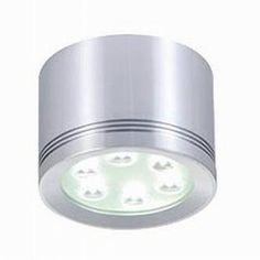 #Leso er udviklet i drejet aluminium der efterfølgende er skåret med laser for opnåelse af det eksklusive design. Armaturet giver nye muligheder indenfor spot #belysning, idet en direkte montering på loftet er en realitet.  #LED #belysning