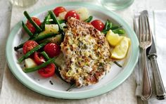 Pound your chicken breasts down into thin escalopes and season with lemon and garlic to make this healthy lemon and garlic chicken with a warm potato salad from Slimming World. Get the recipe: lemon and garlic chicken with a warm potato salad Salad Recipes For Dinner, Dinner Salads, Lunch Recipes, Cooking Recipes, Healthy Recipes, Healthy Meals, Healthy Food, Game Recipes, Slimming World Dinners
