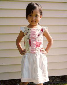Pequeña Fashionista: Tutorial: Vestido para niña con corte en la cintura