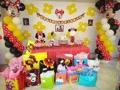 Giselle P's Birthday / Minnie Mouse Red Polka Dots - Photo Gallery at Catch My Party Minnie Mouse Theme Party, Red Minnie Mouse, Minnie Mouse 1st Birthday, Mouse Parties, Birthday Party Celebration, Birthday Fun, First Birthday Parties, Polka Dot Birthday, Kids Birthday Themes