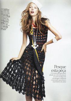 """""""Vento Em Popa"""" : Kristy Kaurova : Vogue Brazil August 2011 : André Passos"""