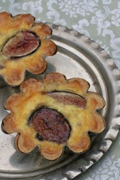 fig and blue cheese tartlet