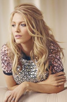 Blake Lively // the hair, the makeup, the ring!