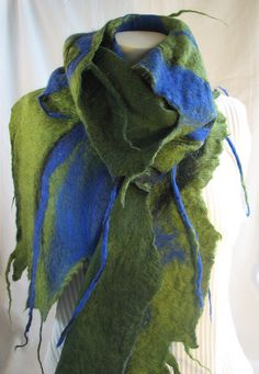 Wet felted scarf Demaliacreations@gmail.com