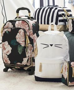 Don't you hate when you wait and wait for your luggage to come around the carousel but then you can't remember which bag is yours? Our new Emily and Meritt bags will take care of that with tons of per Cute Luggage, Best Carry On Luggage, Travel Luggage, Luggage Bags, Travel Bags, Cute Suitcases, Emily And Meritt, Special Gifts For Her, Teen Bedding