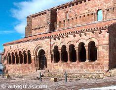 Galería porticada de Pineda de la Sierra. Burgos