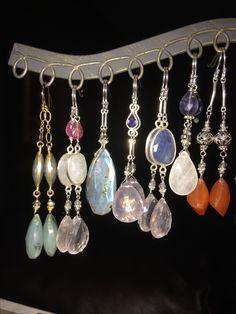 Gorgeous Earrings in Crysoprase-Labradorite-Iolite-Carnelian-Moonstone etc! Fine Jewelry, Women Jewelry, Jewelry Making, Carnelian, Labradorite, Handcrafted Jewelry, Artisan, Gemstones, Earrings