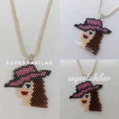 Pink Hat Designed by supertakilar My design . that on Umeda Bead Loom Patterns, Perler Patterns, Beading Patterns, Beaded Earrings, Etsy Earrings, Beaded Bracelets, Tea Design, Bead Crochet Rope, Pink Hat