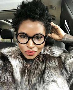 Glasses for Women: Designer Women's Eyeglass Frames & Premium Lenses Love Hair, Great Hair, Coiffure Hair, Hair Updo, Tapered Natural Hair, Tapered Twa, Curly Hair Styles, Natural Hair Styles, Look 2017
