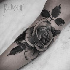 Спасибо , Юлия ! ) #familyink #familyinktattoo #txttooing #onlyblackart #darkartists #blacktattoomag #tattoos #tattooartist #blacktattooart #tattooed_body_art #tattooculturemagazine #tattooisartmagazine #TattooistArtMag #tattoo_art_worldwide #blackndark #bw #btattooing #engraving #tattoorussia #Equilattera #russiantattoo #skinartmag #blackworkerssubmission #tattooins #vladbladirons #vbi #hydraneedles #eikondevice