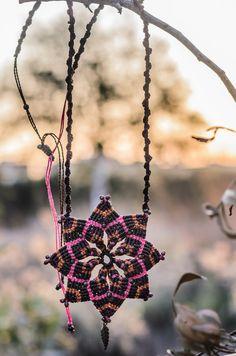 macrame MANDALA NECKLACE with golden feather, flower, hippie boho ETHNIC indian yoga gypsy pixie faery jewelry Macrame Necklace, Macrame Jewelry, Boho Jewelry, Adult Coloring Pages, Pixie, Indian Yoga, Micro Macramé, Hippy, Faeries