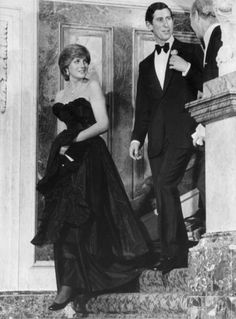 The famous dress of her meeting with Princess Grace:
