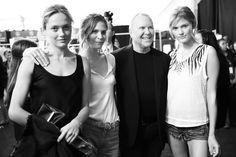 Michael Kors et ses mannequins, Karmen Pedaru, Frankie Ryder et Constance Jablonski http://www.vogue.fr/mode/inspirations/diaporama/journal-de-la-fashion-week-printemps-ete-2014-a-new-york-jour-5/15182/image/829179