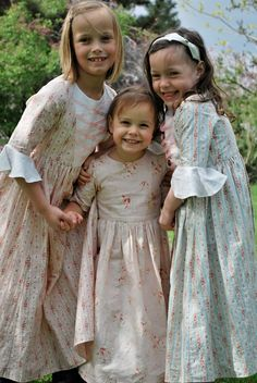 home made happy: colonial girls