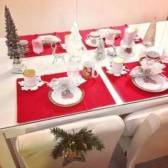 Already prepared the table ready for the Christmas Eve breakfast 😛☕️🍊 #lafermiere #youghurt #cappuccino #maalahdenlimppu #coldsmoked #salmon #tropicana #christmas #christmaseverywhere #jouluontaas #nannantyyliin #christmasishere #rivieramaisondetails #tablesetting #red #chrome #white #disney #mickeymouse #apilanlehti #iittala #ultimathule #lenebjerre #casualmorning #punaista #aamuun #pirteä #päivänaloitus