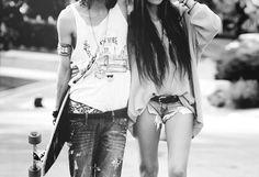Longboard Couple.    Photo Credit= Unknown.  Tags: longboard, longboard love
