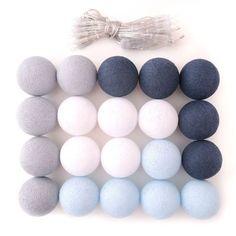 Guirnalda de luces tonos azules, gris y blanco