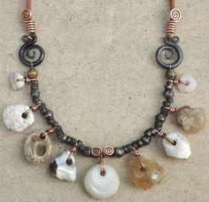 I love natural jewelry