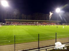 15.12.2017 1. FC Köln 01/07 e. V. II – Rot-Weiss Essen e. V.   #Groundhopping #Fußball #fussball #football #soccer #kopana #calcio #fotbal #travel #aroundtheworld #Reiselust #grounds #footballgroundhopping #groundhopper #traveling #heutehiermorgenda #floodlights #Flutlicht #tribuneculture #stadium #thechickenbaltichronicles #DasWochenendesinnvollnutzen #FCKöln #FC #Köln #RotWeissEssem #Essen #koebmg