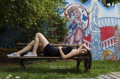 """""""Que nada nos defina que nada nos sujeite. Que a liberdade seja a nossa própria substância já que viver é ser livre."""" Simone de Beauvoir  Bom final de semana a todos os trameleiros!! #tramelamultimidia #vamostramelar #trameleiros #fimdesemana #weekend #sextou #model #modelo #ensaiofotografico #street #streetphotography #photography #photo #foto #fotografia #olinda #pernambuco #brasil #brazil #recife #jaboataodosguararapes"""