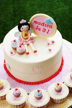 Super Cute Fairy Cake Topper