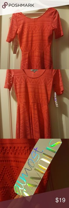 NWT ALMOST FAMOUS Coral Stretch Dress - Size M NWT Almost Famous Coral Stretch Dress Size M - Cute Summer dress New Almost Famous Dresses