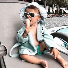 after you book your holiday beach vacay. Holiday Beach, Aviators, Kurt Cobain, Mood, Instagram, Style, Fashion, Swag, Moda