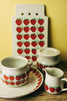 Vintage Ceramic, Finland, Retro Vintage, Ceramics, Tableware, Kitchen, Ceramica, Pottery, Dinnerware