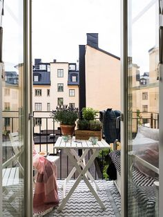 50 Elegant And Cozy Balcony Ideas - Transforming your balcony into useful lively space is not a very difficult task. If your balcony is connected to your living room then it is very impo. Scandinavian Apartment, Scandinavian Design, Paris Apartments, Small Apartments, Mezzanine Bedroom, Gravity Home, Bedding Sets Online, Dream Apartment, Cozy Bed
