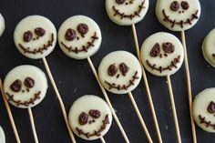 So Sunny, centro de Halloween con galletas de Jack Skellington