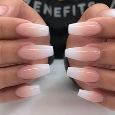 Semi-permanent varnish, false nails, patches: which manicure to choose? - My Nails Simple Acrylic Nails, Best Acrylic Nails, Acrylic Nail Designs, Simple Nails, Acrylic Nails For Summer Coffin, Acrylic Summer Nails Coffin, Acrylic Nails Coffin Ombre, Colored Acrylic Nails, Coffin Acrylics
