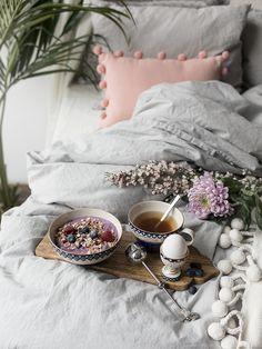 Bilder med Alla Hjärtans Dag-tema som jag fotat för Indiska :)                              På bilderna [reklamlänkar]:  Världens finaste rosa kudde - som också finns i ljusblå!  Skål - kopp…