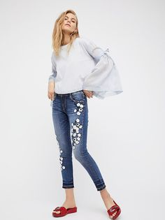 Marilyn Embroidered Skinny Jeans from Free People!