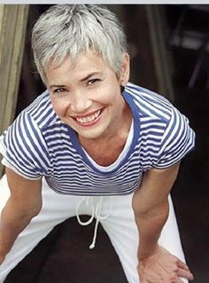 24 Ideas Hair Grey Silver Short Dyes The Effective Pictures We Offer You About short grey hair Short Grey Hair, Short Hair Cuts, Short Hair Styles, Short Pixie, Pixie Cut, Silver Grey Hair, Ageless Beauty, Going Gray, Super Hair