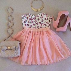 bag top purse skirt tank top shoes white gold shorts floral cute pink shoes pink silver peach peach skirt pink skirt cute bag bow on bag hand bag small bag small handbag purple amazing floral tank top i seriously love it peach dress shirt crop tops strapless dress purse gold