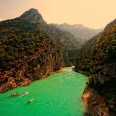 In the south-eastern part of France, in the Provence region, is the famous place - Verdon Gorge (Gorges du Verdon)