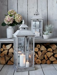 Our handsome grey-washed wooden lanterns are the epitome of Scandi style, allowing you to embrace the elegance of candlelight throughout autumn and winter. Shabby Chic Veranda, Casas Shabby Chic, Shabby Chic Homes, Wooden Lanterns, Lanterns Decor, Candle Lanterns, Lantern Diy, Outdoor Lantern, Decoration Shabby