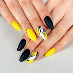 Top ideas for Yellow Nail art designs Top 150 ideas for Yellow Nail art designs – Reny styles - Nail Designs Yellow Nails Design, Yellow Nail Art, Trendy Nails, Cute Nails, My Nails, Oval Nails, Perfect Nails, Gorgeous Nails, Matte Black Nails