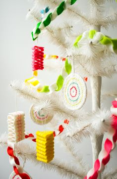 Molly's Sketchbook: Taffy Twist Felt Garland - The Purl Bee - Knitting Crochet Sewing Embroidery Crafts Patterns and Ideas!