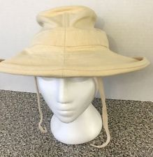 Tilley Endurables Women's TH8 The Tilley Hemp Hat Natural With Owner's Manual
