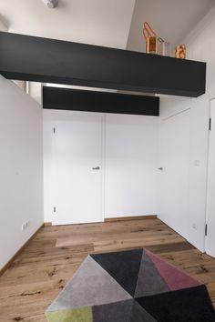 haus f am hang - Möbelbau Breitenthaler, Tischlerei Garage Doors, Loft, Outdoor Decor, Furniture, Home Decor, Carpentry, Detached House, Homemade Home Decor, Lofts