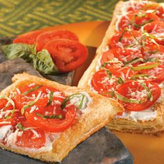 White Tomato Herb Pizza: think I'd add some fresh spinach and feta to this, too. Actually, I think this would be a very versatile base recipe.